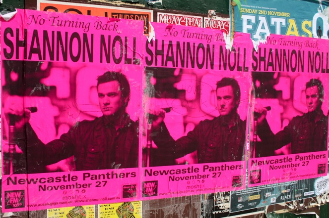 Newcastle residents demonstrate their immense affection and respect for Shannon Noll